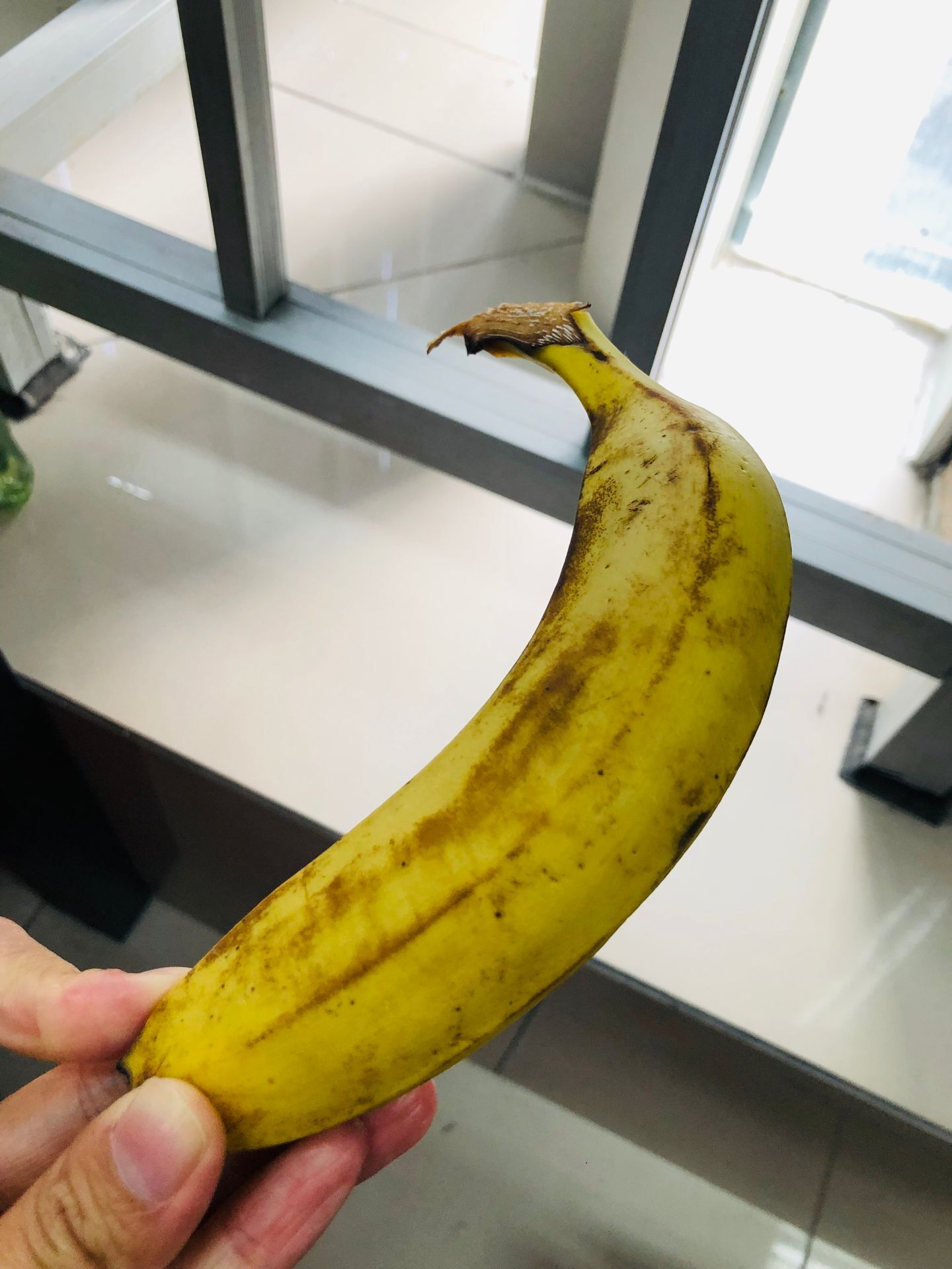 方便面补万物 香蕉锡纸保鲜?抖音小妙招并非都妙